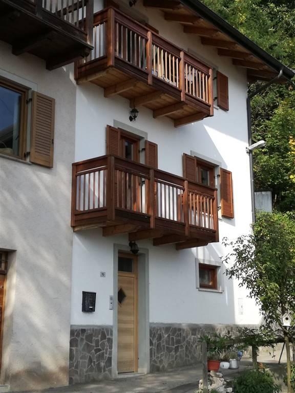 Soluzione Indipendente in vendita a Pergine Valsugana, 8 locali, zona Zona: Castagnè, prezzo € 125.000 | CambioCasa.it