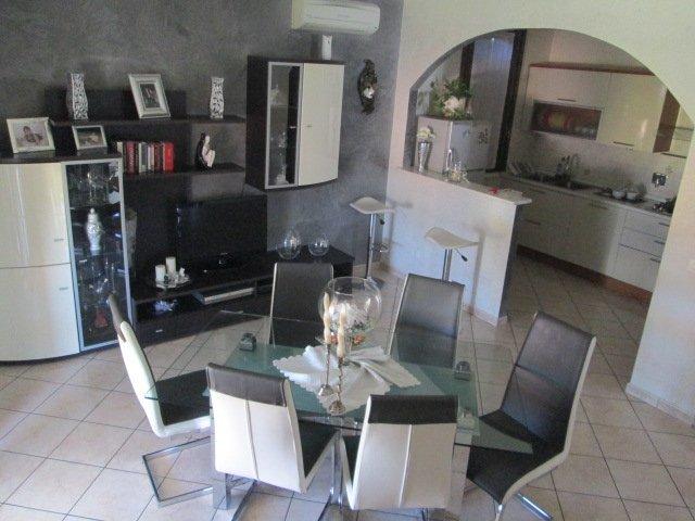 Appartamento, Canolo, Correggio, in ottime condizioni