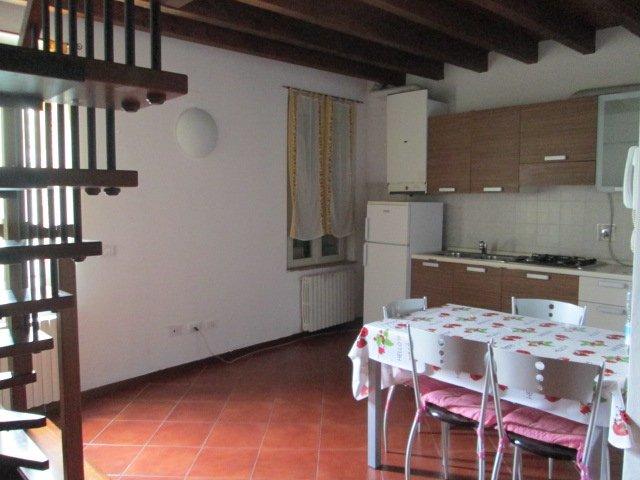 Trilocale, Correggio, ristrutturato