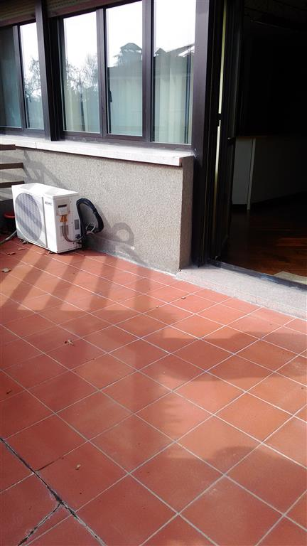 Ufficio, Carpi