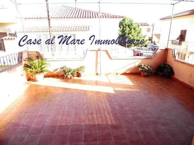 Attico / Mansarda in vendita a La Maddalena, 5 locali, Trattative riservate | Cambio Casa.it