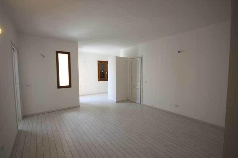 Attico / Mansarda in vendita a La Maddalena, 4 locali, Trattative riservate | Cambio Casa.it
