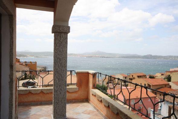 Attico / Mansarda in vendita a La Maddalena, 4 locali, prezzo € 300.000 | CambioCasa.it