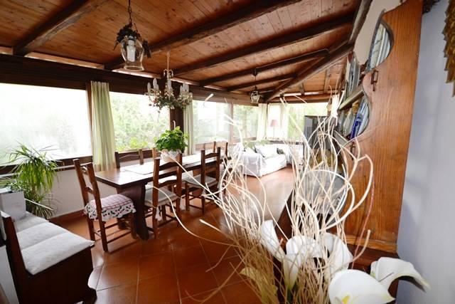 Villa in vendita a La Maddalena, 8 locali, Trattative riservate | CambioCasa.it
