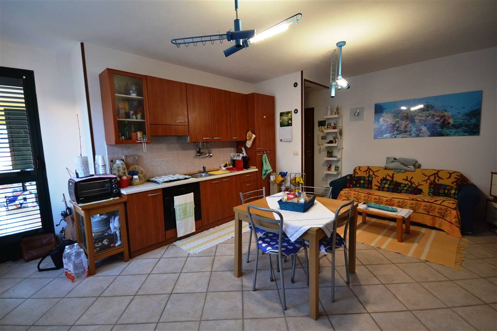 Appartamento in vendita a La Maddalena, 3 locali, prezzo € 125.000 | CambioCasa.it