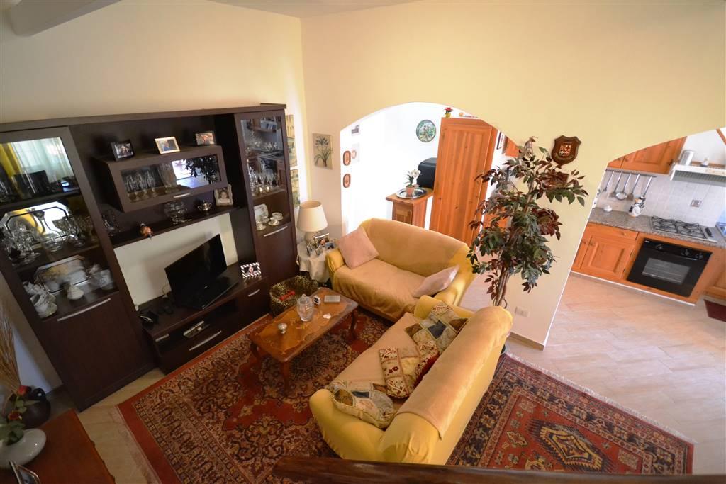 Soluzione Indipendente in vendita a La Maddalena, 5 locali, prezzo € 285.000 | Cambio Casa.it