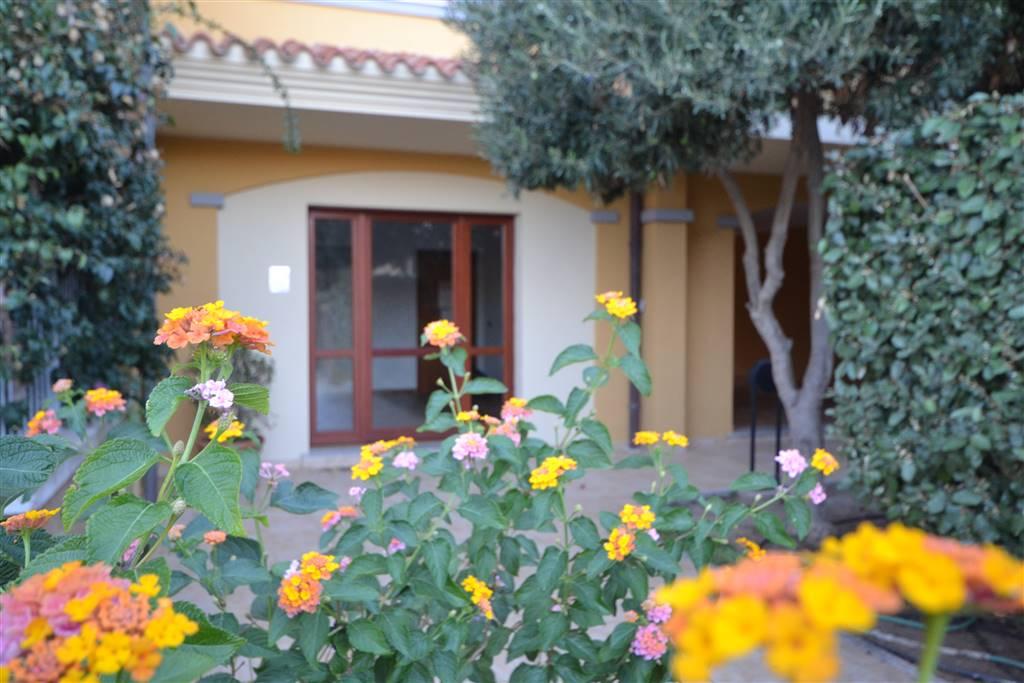 Appartamento in vendita a La Maddalena, 4 locali, Trattative riservate | CambioCasa.it