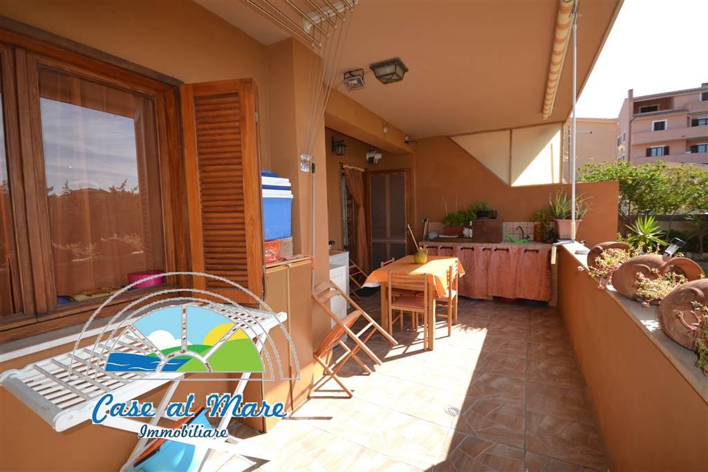 Appartamento in vendita a La Maddalena, 7 locali, Trattative riservate | CambioCasa.it
