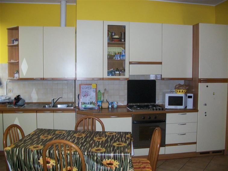 Appartamento in vendita a Sesto San Giovanni, 3 locali, prezzo € 125.000 | Cambio Casa.it