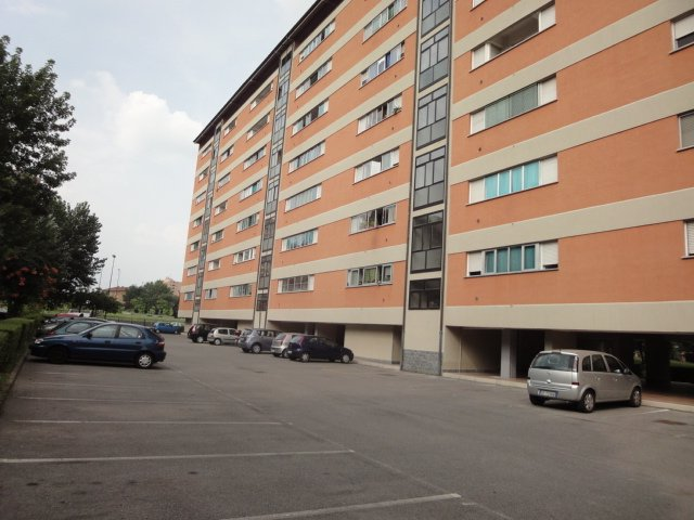 Appartamento in vendita a Sesto San Giovanni, 4 locali, prezzo € 220.000   Cambio Casa.it