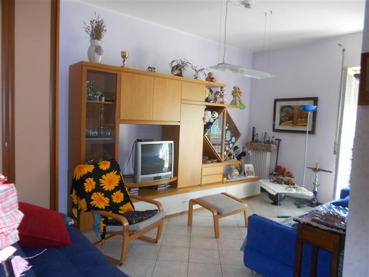 Appartamento in vendita a Sesto San Giovanni, 3 locali, prezzo € 180.000 | Cambio Casa.it