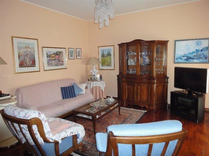 Appartamento in vendita a Sesto San Giovanni, 4 locali, prezzo € 240.000   Cambiocasa.it