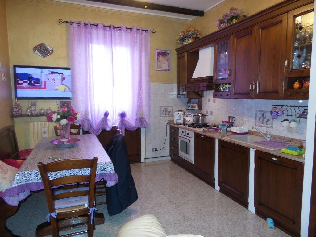 Appartamento in vendita a Sesto San Giovanni, 4 locali, prezzo € 145.000 | Cambio Casa.it