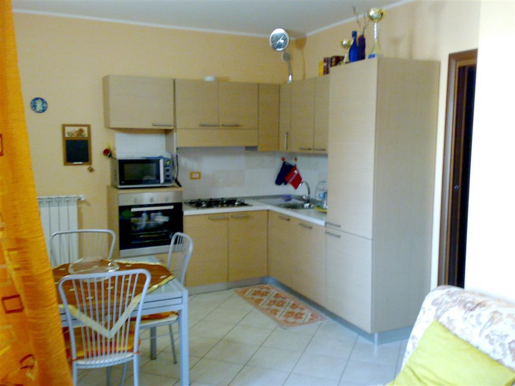 Appartamento in vendita a Sesto San Giovanni, 3 locali, prezzo € 160.000   Cambio Casa.it