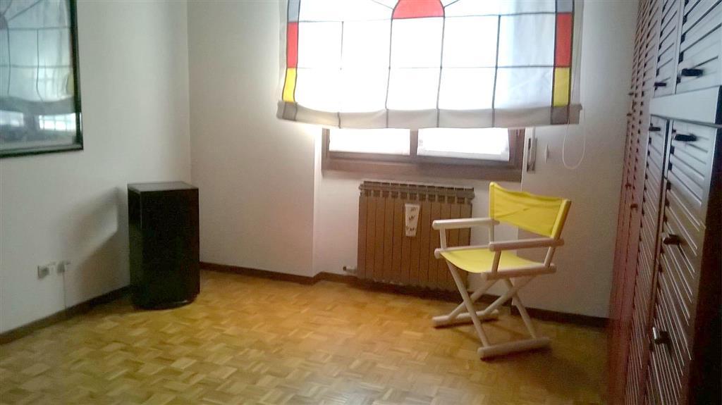 Appartamento in vendita a Cambiago, 3 locali, prezzo € 115.000 | CambioCasa.it