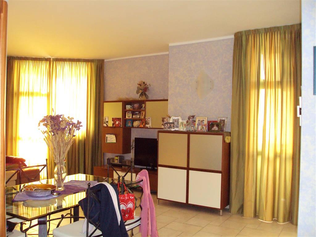 Appartamento in vendita a Sesto San Giovanni, 3 locali, prezzo € 200.000 | CambioCasa.it