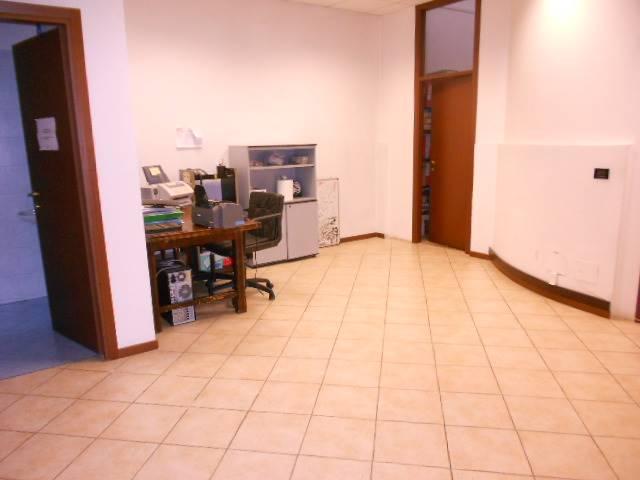 Ufficio / Studio in vendita a Sesto San Giovanni, 9999 locali, prezzo € 250.000 | Cambio Casa.it