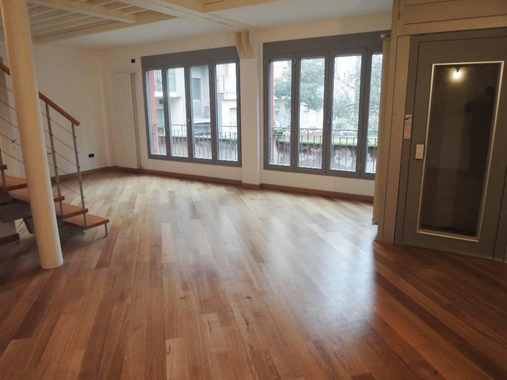 Appartamento in vendita a Sesto San Giovanni, 2 locali, prezzo € 280.000 | CambioCasa.it