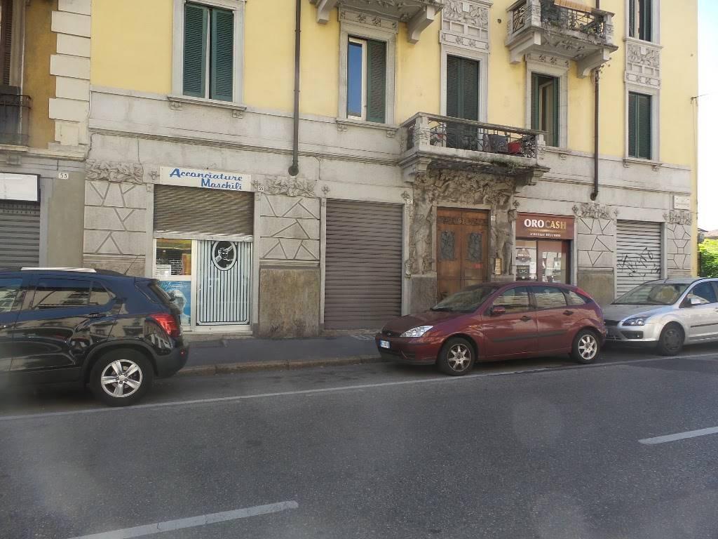 Negozio / Locale in Vendita a Sesto San Giovanni