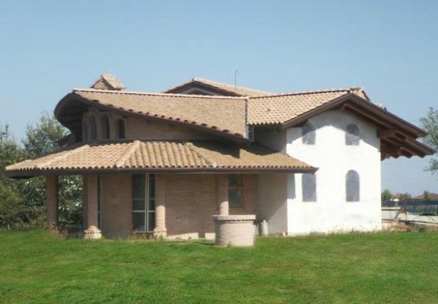 Vendita casa singola follo trova casa singola follo in for Progetti case singole