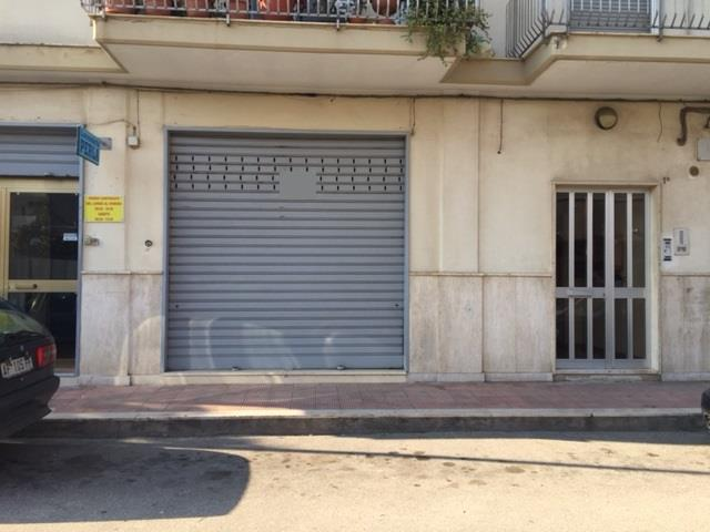 Attività / Licenza in vendita a Valenzano, 1 locali, prezzo € 100.000 | Cambio Casa.it