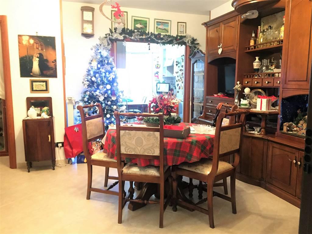Appartamento in vendita a Adelfia, 3 locali, zona Zona: Canneto, prezzo € 125.000 | Cambio Casa.it