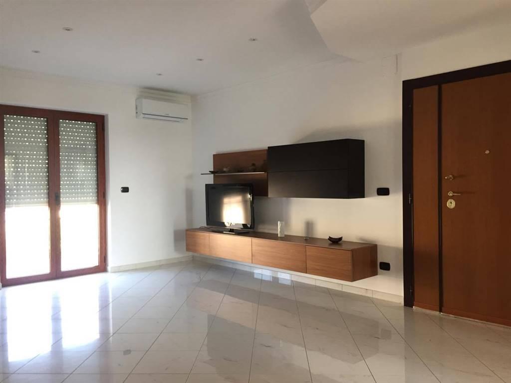 Appartamento in vendita a Adelfia, 3 locali, zona Zona: Canneto, prezzo € 130.000   Cambio Casa.it