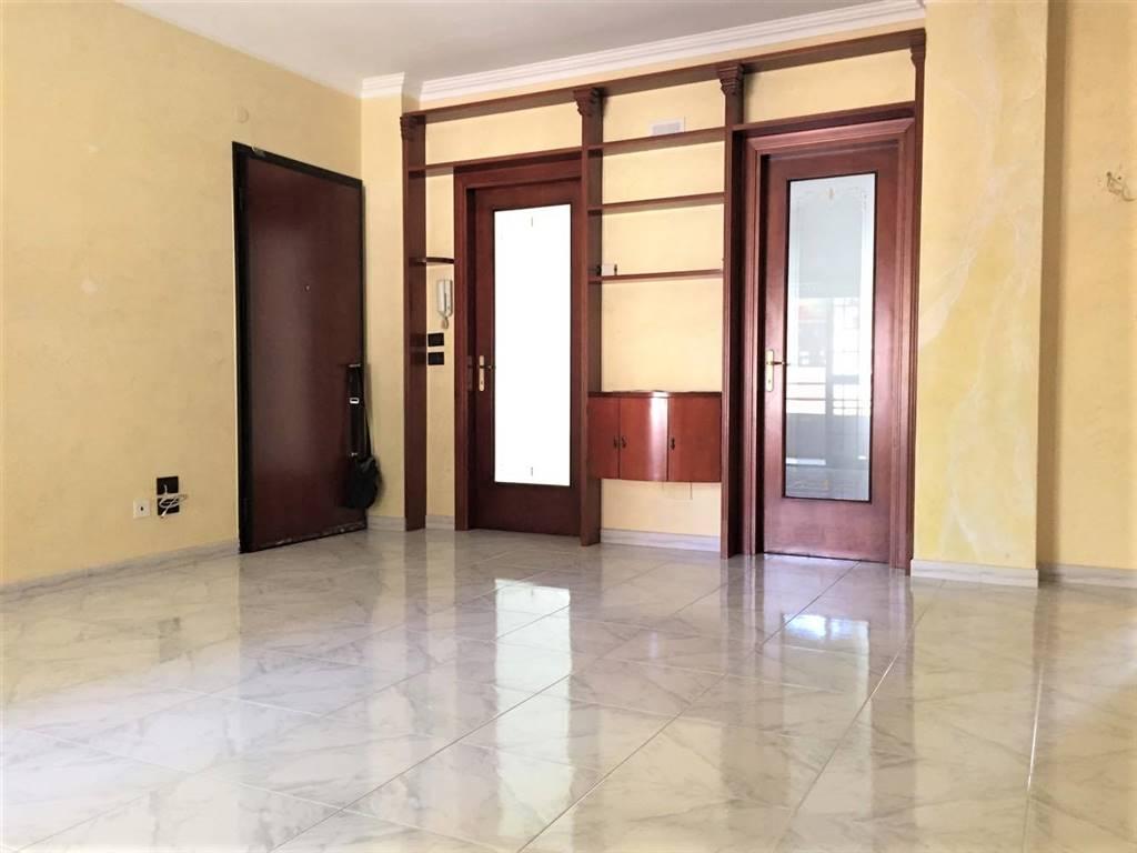 Appartamento in vendita a Adelfia, 3 locali, zona Zona: Canneto, prezzo € 105.000   Cambio Casa.it