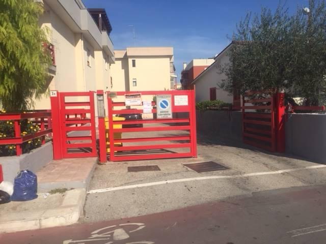 Box / Garage in vendita a Adelfia, 1 locali, prezzo € 35.000 | CambioCasa.it