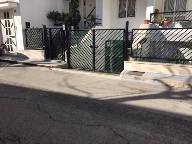 Box / Garage in vendita a Adelfia, 1 locali, zona Zona: Canneto, prezzo € 20.000 | CambioCasa.it