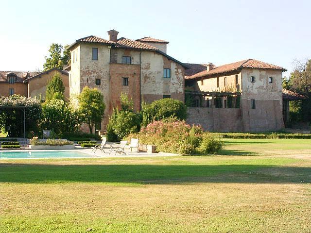 Appartamento in affitto a Vernate, 3 locali, zona Zona: Coazzano, prezzo € 1.100 | Cambio Casa.it