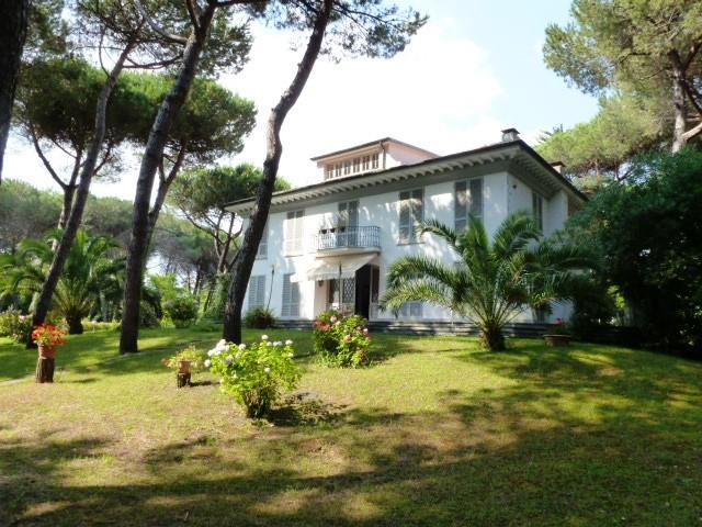 Villa in affitto a Massa, 12 locali, zona Zona: Marina di Massa, prezzo € 10.000 | Cambio Casa.it