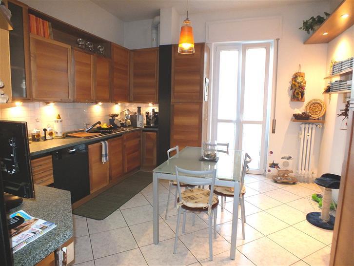 Appartamento in vendita a Melzo, 2 locali, prezzo € 159.000   Cambio Casa.it