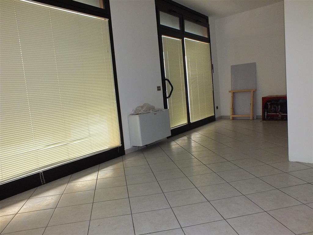 Negozio / Locale in vendita a Melzo, 1 locali, prezzo € 118.000 | Cambio Casa.it