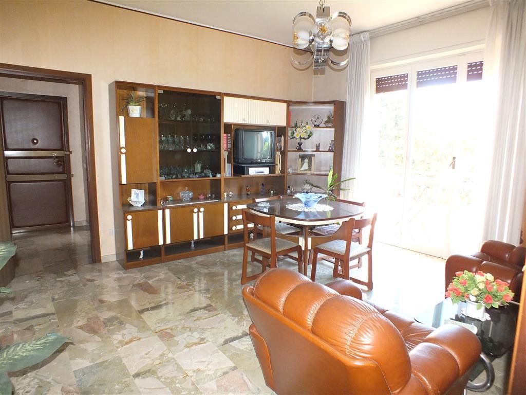 Appartamento in vendita a Melzo, 3 locali, prezzo € 132.000 | Cambio Casa.it