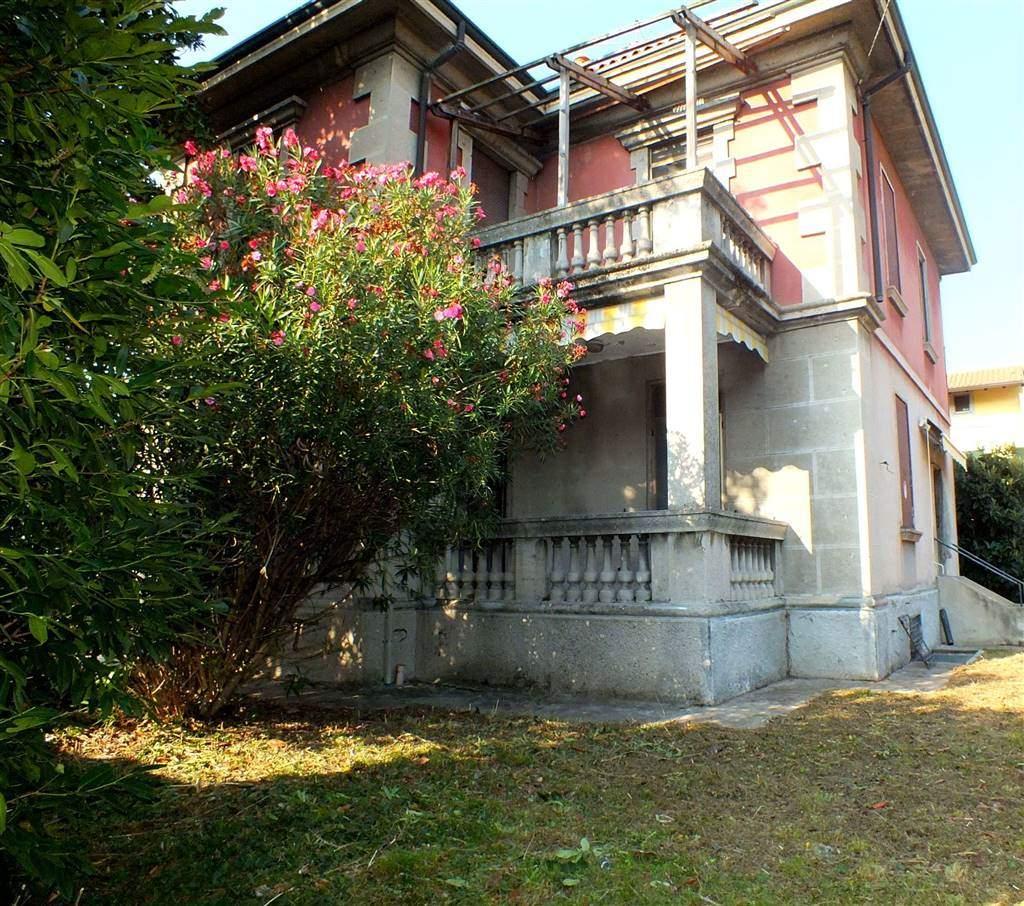 Villa in Vendita a Melzo