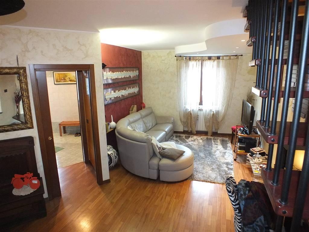 Appartamento in vendita a Bellinzago Lombardo, 4 locali, prezzo € 209.000 | Cambio Casa.it
