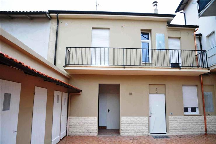 Soluzione Indipendente in vendita a Forlimpopoli, 2 locali, prezzo € 89.000 | Cambio Casa.it