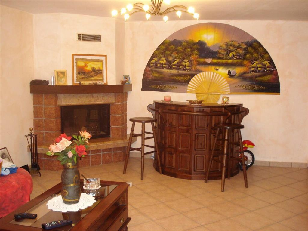 Appartamento in vendita a Bertinoro, 4 locali, zona Zona: Fratta Terme, prezzo € 170.000   Cambio Casa.it