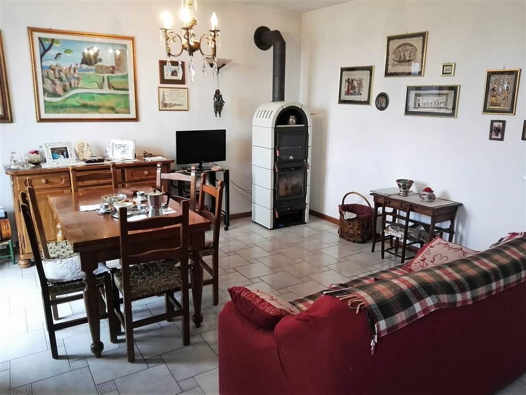 Villa a Schiera in vendita a Sarsina, 9 locali, prezzo € 190.000 | Cambio Casa.it