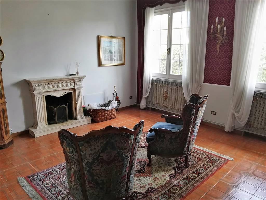 Villa in vendita a San Mauro Pascoli, 12 locali, prezzo € 495.000 | Cambio Casa.it