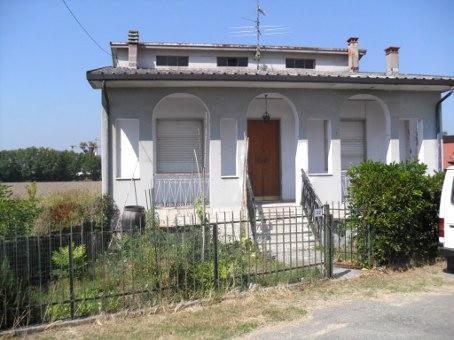 Soluzione Indipendente in vendita a Bressana Bottarone, 9 locali, prezzo € 134.000 | Cambio Casa.it