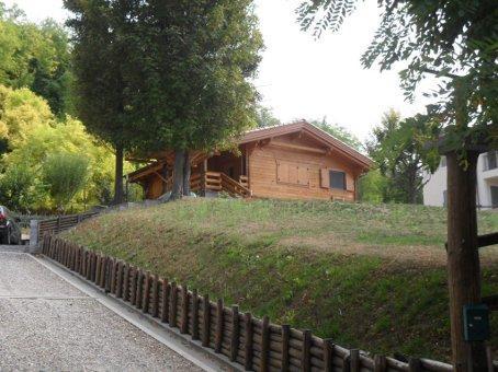 Villa in vendita a Castana, 8 locali, prezzo € 299.000 | Cambio Casa.it