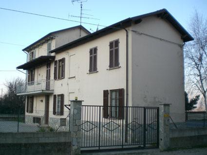 Soluzione Indipendente in vendita a Broni, 8 locali, prezzo € 235.000 | Cambio Casa.it