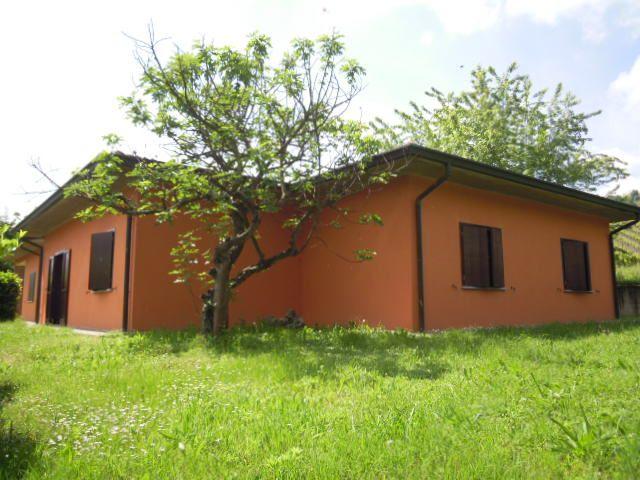 Villa Bifamiliare in Vendita a Torricella Verzate
