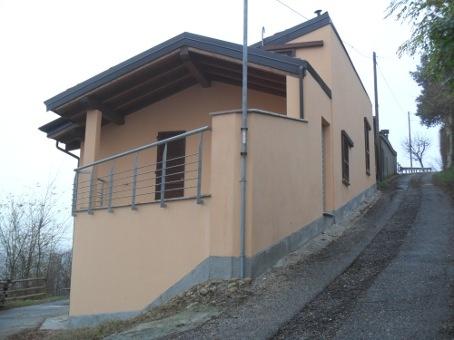 Soluzione Indipendente in vendita a Stradella, 5 locali, zona Zona: Solinga, prezzo € 120.000 | CambioCasa.it