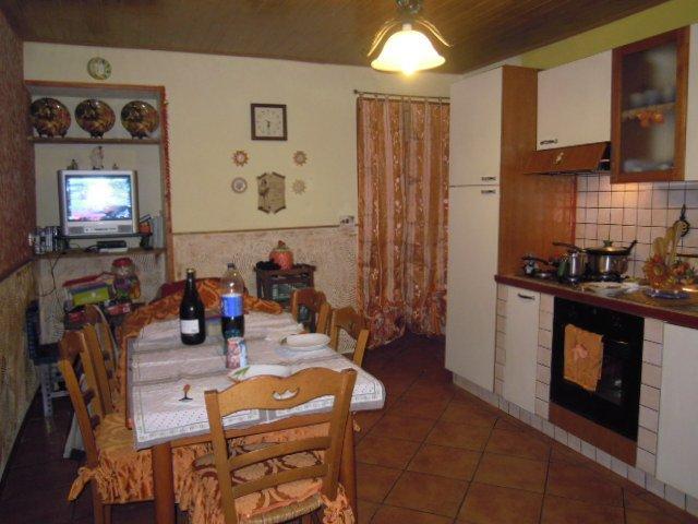 Soluzione Indipendente in vendita a Stradella, 5 locali, prezzo € 95.000 | CambioCasa.it