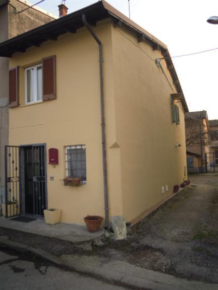 Soluzione Indipendente in vendita a Stradella, 5 locali, prezzo € 68.000 | CambioCasa.it