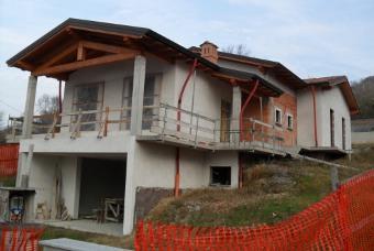 Villa in vendita a Godiasco, 8 locali, prezzo € 300.000 | Cambio Casa.it