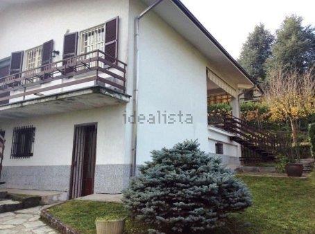 Villa in vendita a Cigognola, 9 locali, prezzo € 290.000 | Cambio Casa.it